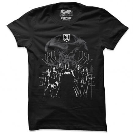 JL vs Steppenwolf - Justice League Official T-shirt